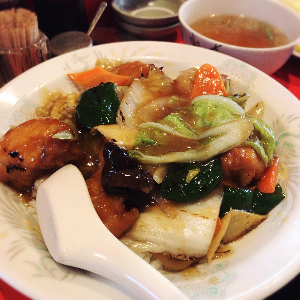 松龍 鶏球飯